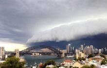 ระทึก เมฆปีศาจมหึมาคล้าย สึนามิ ก่อตัวทะมึนเหนือออสเตรเลีย