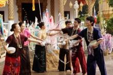 รู้ไหม? เที่ยวสงกรานต์ที่ไหนเสียค่าใช้จ่ายน้อยที่สุด ผัดไทยภูเก็ตแพงกว่ากรุงเทพฯกี่เท่า?
