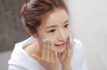 วิธีการล้างหน้าที่ถูกต้องและถูกวิธี