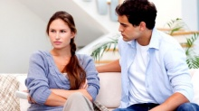 พฤติกรรมของผู้หญิงที่คอยบั่นทอนความรัก