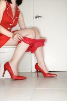 10 อันดับ เหตุการณ์ที่มักจะเกิดในห้องน้ำหญิงของบริษัท