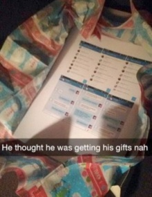 หนุ่มอึ้ง!! แฟนสาวปริ๊น ข้อความนอกใจ ให้เป็นของขวัญ!!!
