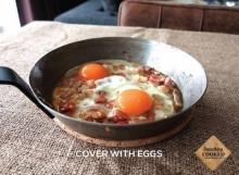 """อาหารเช้าแสนอร่อย """"ไข่กระทะ"""" สูตร Something Cooked"""