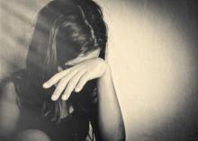 เด็กหมกมุ่นทางเพศ เมื่อหลานชายวัย13 พยายามลวนลามถึงขั้นสอดใส่ หลานสาววัยเพียง5ขวบ