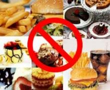 6 ประเภทอาหารที่ทำลายความสาว