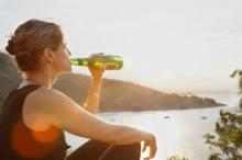 งานวิจัยใหม่ชี้ 'การดื่มเบียร์' สามารถช่วยให้คุณลดน้ำหนักและลดปริมาณคอเลสเตอรอลได้