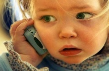 รัสเซียสั่งแล้วห้ามเด็กเล็กใช้โทรศัพท์มือถือ