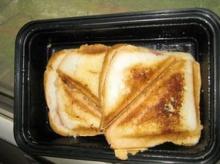 แซนด์วิชอบร้อน