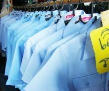 ทำไม แท็กซี่ เมืองไทยต้องใส่เสื้อสีฟ้า