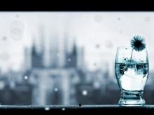แก้วที่ไม่เคยพอ...