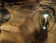 เที่ยว ถ้ำดินเพียง ชมเมืองใต้บาดาลของพญานาค