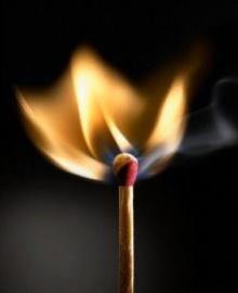 ทำไมไม้ขีดจึงติดไฟ