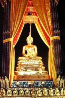 อัญเชิญ 9 พระพุทธรูปศักดิ์สิทธิ์ ให้สักการะปีใหม่