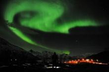 แสงเหนือรูปร่างประหลาดเริ่มปรากฏในหลายประเทศแถบขั้วโลกเหนือ
