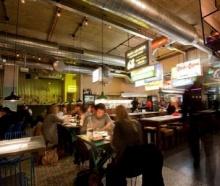 ฝรั่งปิ๊งไอเดีย! ยกบรรยากาศร้านข้าวต้มริมถนนเมืองไทย แจ้งเกิดกลางลอนดอน