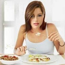 อดอาหารเย็นเพราะกลัวอ้วน ตื่นมาหิวมาก
