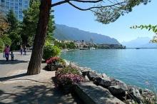 มองเทรอซ์ เมืองแห่งปราสาทสวยริมทะเลสาบเจนีวา