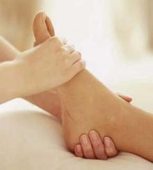นวดเท้า คลายเมื่อยง่ายๆ ใน 5 นาที