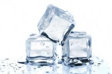 การลดการอักเสบ(สิว)โดยใช้น้ำแข็ง