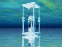 น้ำแข็งก้อนใหญ่ กับ นาฬิกาทรายเรือนยักษ์