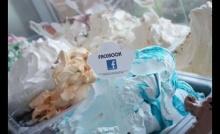 ร้านค้าหัวใส ผลิตไอศกรีมรส Facebook