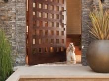 ประตูบ้านที่ไม่เคยล็อก