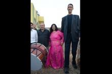 หนุ่มสูงสุดในโลกลั่นระฆังวิวาห์