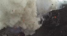 ตื่นตา โดรนเจ๋ง บันทึกภาพสุดเยี่ยม ปรากฎการณ์สุดระทึกภูเขาไฟระเบิด