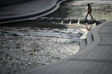 เกาหลีใต้เตรียมติดตั้ง จุดชาร์จแบตโทรศัพท์พลังน้ำ ที่คลองชองเกชอน