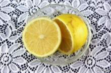 วิธีสุดง่าย!! ก๊อกน้ำใสกิ๊ก ด้วยมะนาวและน้ำส้มสายชู