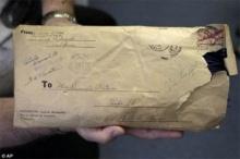 สุดซึ้ง!! พัสดุจากสงครามโลกครั้งที่ 2 หายไปนานกว่า 73 ปี กับเรื่องราวชวนน้ำตาซึม!!