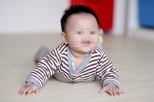 เด็กชายวัย 8 เดือนจะพูดไปไม่ได้ตลอดชีวิต เพราะเด็กเค้ากลืนสิ่งนี้ลงไป..!!