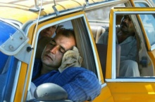 ทำไมเปิดแอร์นอนในรถ ถึงตายได้ ? รู้ไว้ซะ จะได้ไม่ทำโดยเด็ดขาด