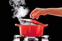 อาหาร 11 อย่างที่ห้ามอุ่นซ้ำเด็ดขาด เพราะจะเป็นพิษ