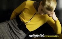 สดใสด้วยชุดสีเหลือง