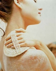 (Beauty Tips) สิ่งที่ควรรู้ก่อนสครับผิว