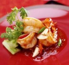 กุ้งผัดพริกไทยกระเทียม