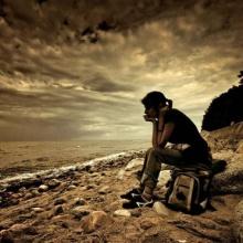 ♣ ขอร้อง ... อย่ามาโทษความรัก ที่ทำให้คุณร้องไห้ ♣
