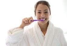 แปรงฟัน หายปวดหลัง