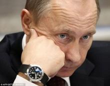 ประท้วง ผู้นำรัสเซียใส่นาฬิกาแพงกว่าเงินเดือน