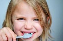 การแปรงฟันที่แย่ส่งผลต่อการเป็นมะเร็งก่อนวัยอันควร !!