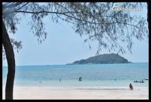 พาเที่ยวทะเลน้ำใสที่หาดนางรอง สัตหีบ