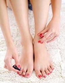 นิ้วเท้าสื่อนิสัยคุณผู้หญิง