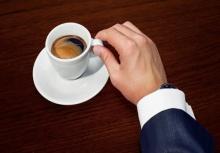 ดับเมาค้างด้วยกาแฟ