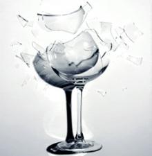 เสียงเพลงทำให้แก้วแตกได้จริงหรือ