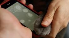 """ฮือฮา !! iPhone 5s สามารถสแกนลายนิ้วมือ """"แมว"""""""