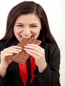 กินช็อกโกแลตดูแลสมองได้นะ