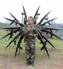 รวมภาพสุดฮา ของคุณพี่ทหารในวันว่าง