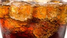 ดื่มน้ำอัดลมเพียง 1 แก้ว เสี่ยงเป็นโรคอะไรบ้าง