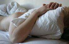 นอนดึก ตื่นสาย มีผลเสียยังไงบ้าง